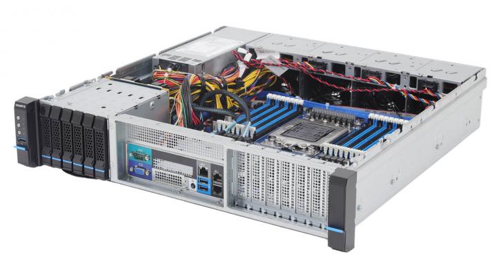 Gigabyte E252-P30 2U Arm Ampere Altra Q80-30